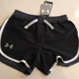 Under armor girls athletic loose shorts